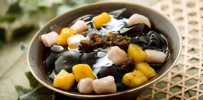 Thanh mát, ngọt dịu, bùi bùi, béo béo là vị của món thạch trứ danh tại Đài Loan
